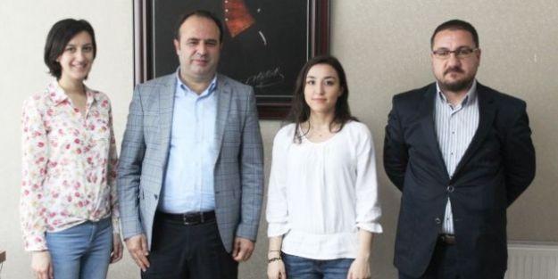 """Özelçi: '186 Kalem Malzeme Eczaneden Alınabilecek"""""""