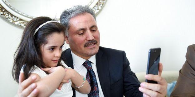 Afrin'deki astsubayın kızına doğum  günü sürprizi
