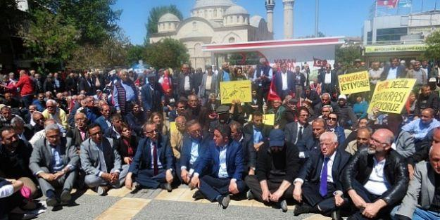 CHP'den OHAL ve Demokrasi Eylemi