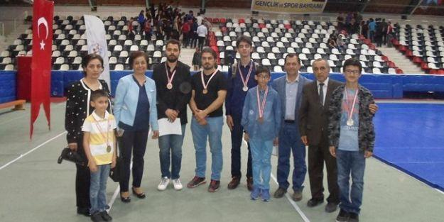 19 Mayıs Satranç Turnuvası yapıldı