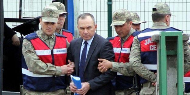 7. Üssün 'Müebbetlik' Eski Komutanına Gözaltı Kararı