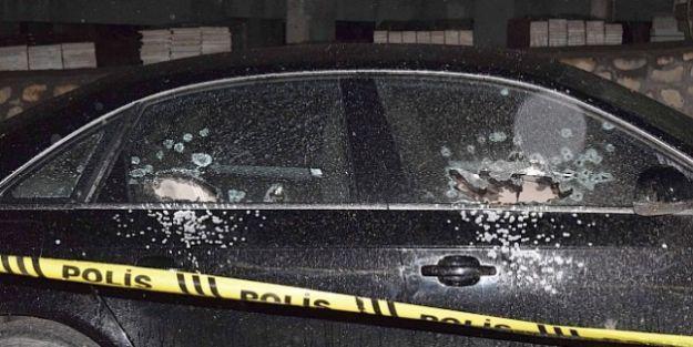Ailelerin Kavgasında Biri Silahla 2 Kişi Yaralandı