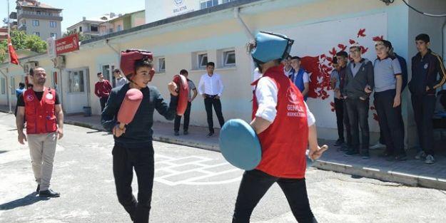 Gençlik Haftası, sportif etkinliklerle kutlanıyor