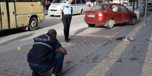 Hastane Caddesi'nde Silahlı Saldırı