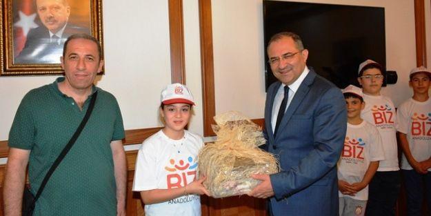 Malatya'daki tarihi ve turistik mekânları gezdiler