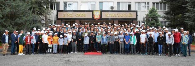 Öğrenciler Çanakkale'ye uğurlandı