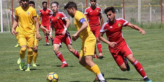 U21'de E.Yeni Malatya Kayseri İle Yenişemedi