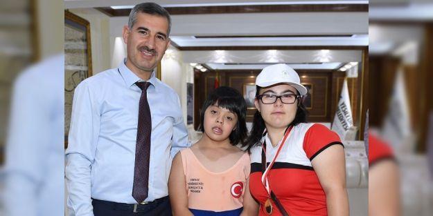 Başkan Çınar, şampiyonları ağırladı
