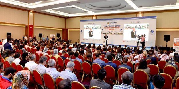 81 ilden yaklaşık 200 genç Malatya'daki gençlik zirvesinde buluştu