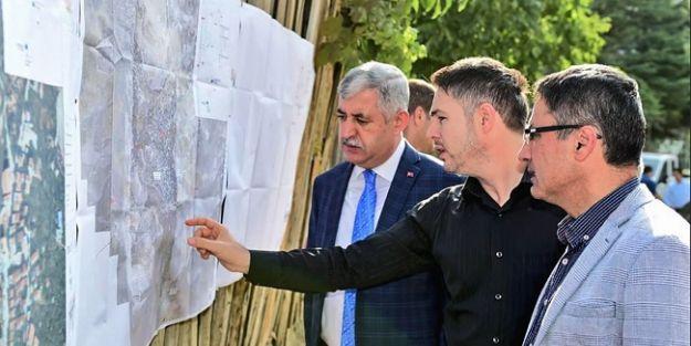 Başkan Polat, Gündüzbey'deki alt yapı çalışmalarını inceledi