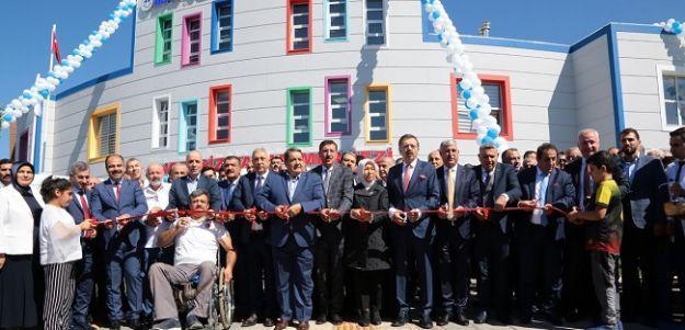 'Engelsiz Yaşam Merkezi' hizmete açıldı