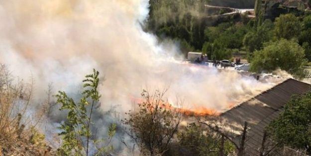 Kuluncak Sanayi Sitesi'nde Yangın