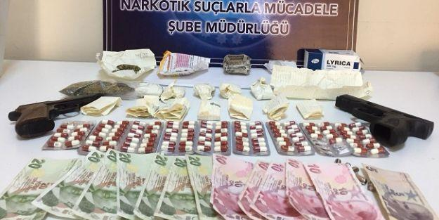 Narkotik operasyonunda 10 torbacı tutuklandı
