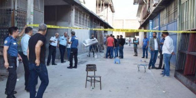 Sanayi Sitesindeki  Silahlı Kavga: 3 Yaralı