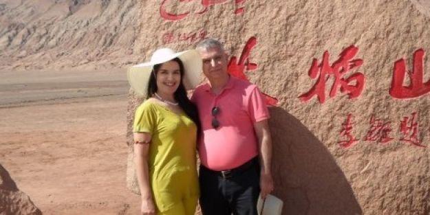 Türk profesörün Çin vatandaşı eşi Urumçi'de mahsur kaldı