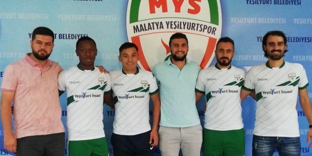 Yeşilyurt Belediyespor 4 oyuncuyla sözleşme imzaladı