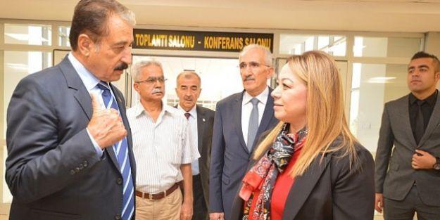 Esnaf Kuruluşlarından Turgut Özal Üniversitesi'ne Ziyaret