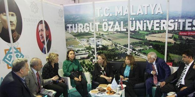 """'Öğrencilerimiz yerelde kalmayacak uluslararasında Malatya'yı ve ülkemizi temsil edecek"""""""