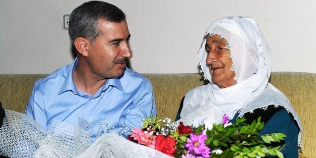 """'Yaşlılarımız, toplumsal hayatımızın kıymetli hazineleridir"""""""