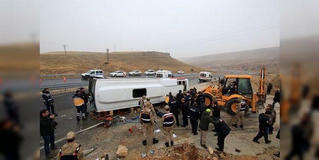 Cenaze Taşıyan Midibüs Devrildi: 7 Ölü, 15 Yaralı