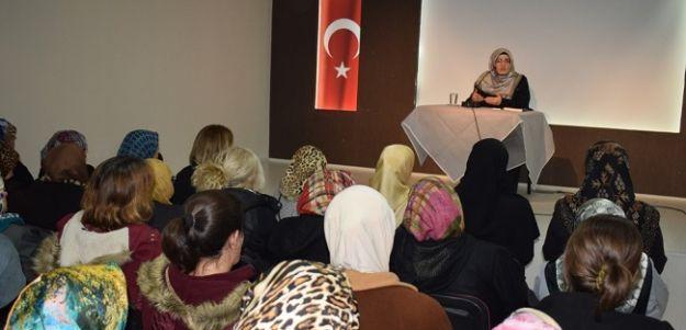 'Efendimizi Anlamak' konferansı düzenlendi