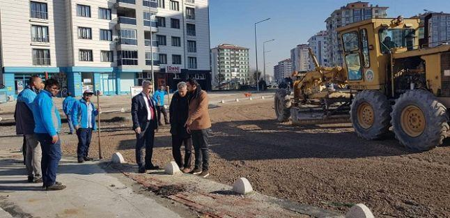 Başkan Çınar asfaltlama çalışmalarını inceledi