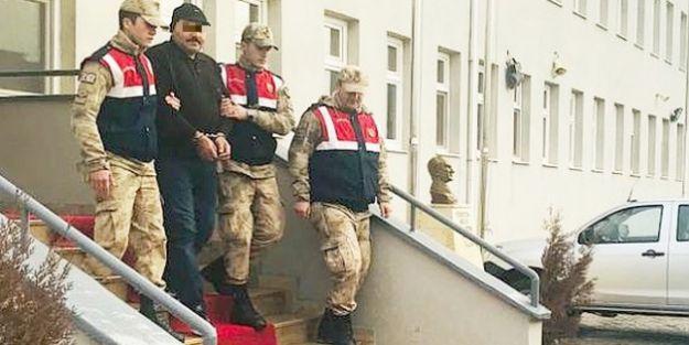 FETÖ üyeliğinden aranan eski polis yakalandı
