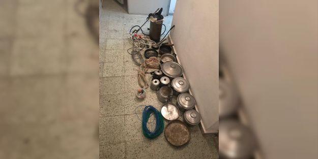 Hırsızlıkta kullanılan araç çamura saplanınca yakayı ele verdi