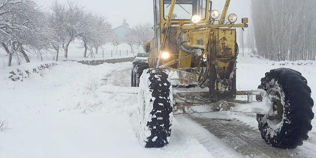 Yollarda Kar Mücadelesi