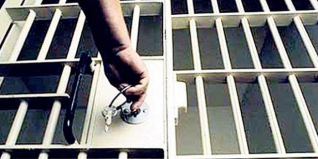 Gaybubet evleri soruşturmasında, 2 şüpheli tutuklandı