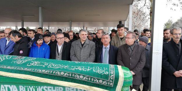 Gazeteci Kamuran Sezer'in acı günü