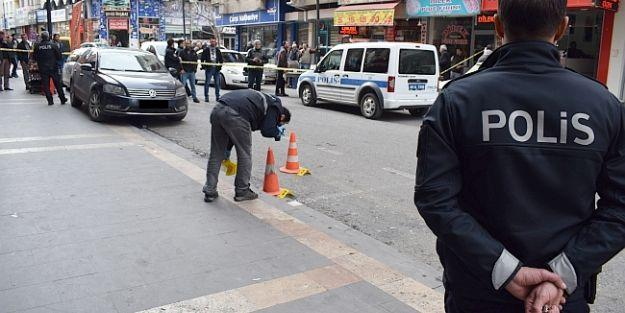 Aynı İş Yerine 13 Saat Arayla Bir Silahlı Saldırı Daha