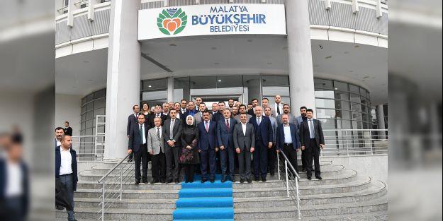 AK Parti heyetinden 3 başkana ziyaret