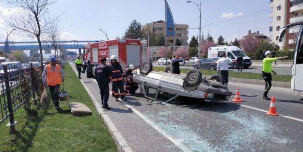İstasyon Virajında Kaza..