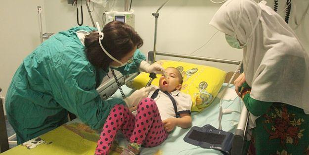 Pediyatri Kemik İliği Nakli Servisi 21.naklini Afganistanlı Ojran'a yaptı
