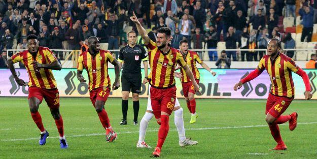 Evkur Yeni Malatyaspor#039;un sahasında bileği bükülmüyor