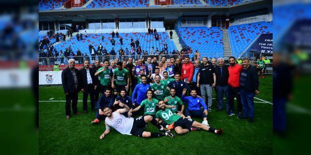 Yeşilyurt Belediyespor ve iki takım 3.Lig'e yükseldi