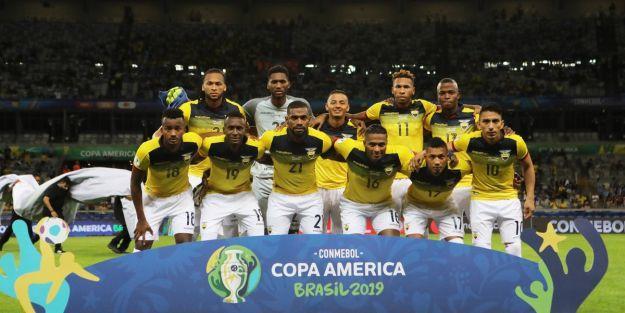 Arturo Mina, Kupa Amerika'da sahne aldı