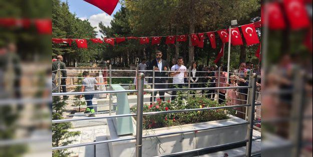 MTÜ öğrencileri Şehit Halisdemirin ailesini ziyaret ettiler