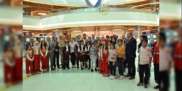 'Muhacirden Ensar'a 15 Temmuz 2 ' resim sergisi açıldı