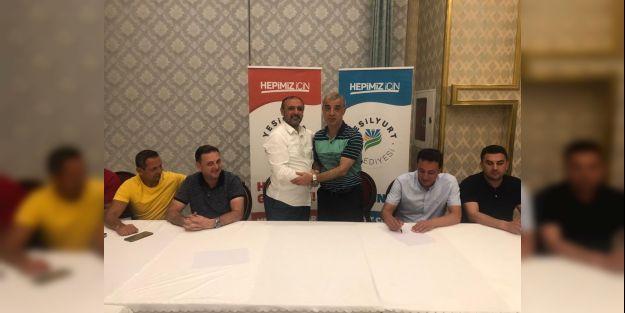 Yeşilyurt Belediyespor'da Palancı resmi imzayı attı