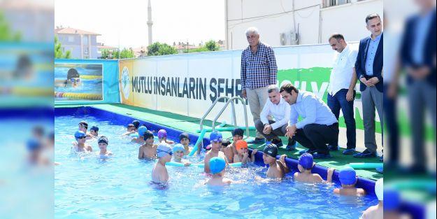 Yüzme eğitimleri başladı