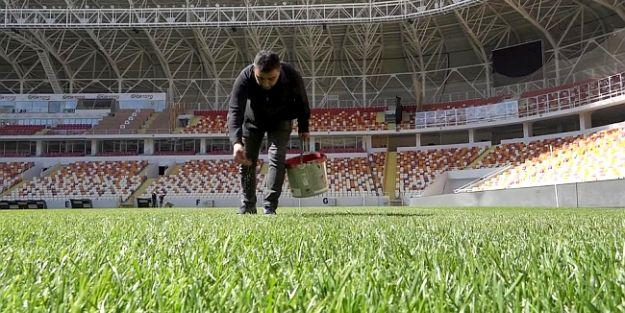 Yeni Malatya Stadının Zemini Bozuk, Çünkü.!