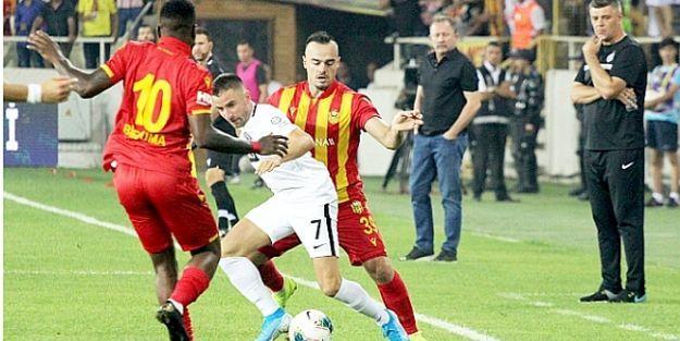 YMS Avrupa Ligine Galibiyetle Veda Etti:1-0