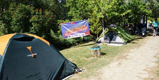 MAFSAD üyeleri Gökpınar Gölü'nde kamp yaptı