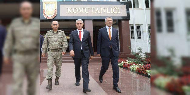 Başkan Güderden 2.Orduya Destek Ziyareti