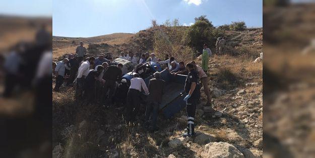 Hekimhan'da Traktör Devrildi…7 Yaralı