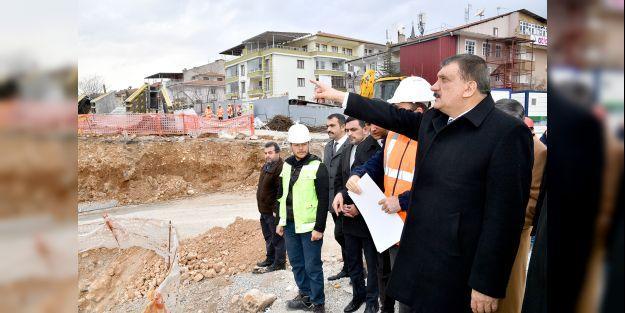 Başkan Gürkan hastane inşaatında inceleme yaptı