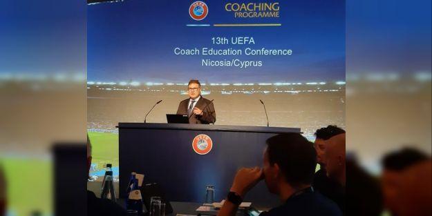 FIFA Eğitimcisi Jorn West Larsen 3-3lük maçı izledi