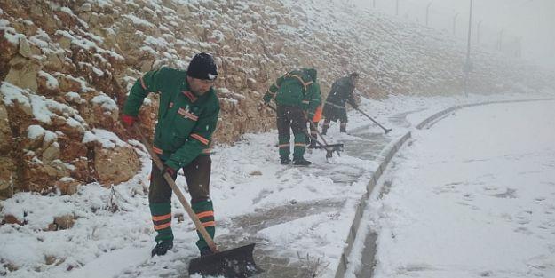 Yeşilyurt'ta Kar Mücadelesi